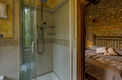 San gimignano camere appartamento in agriturismo con piscina e animali ammessi siena - Agriturismo san gimignano con piscina ...