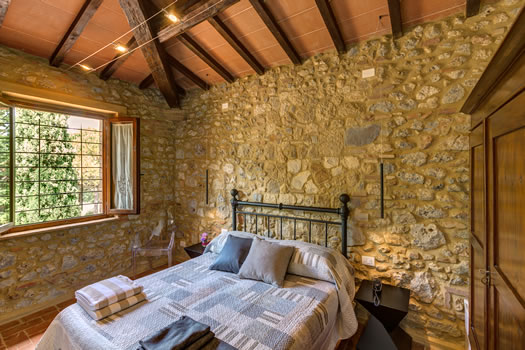 Double rooms in agriturismo near San Gimignano - Casanova di Pescille